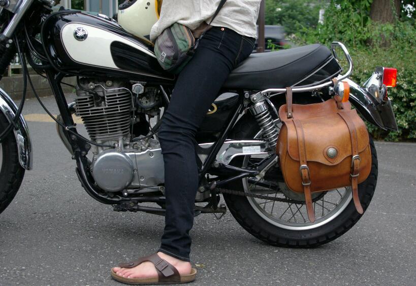 バイクのサイドバッグの種類は豊富!しかもあると便利でカッコイイ!のサムネイル画像