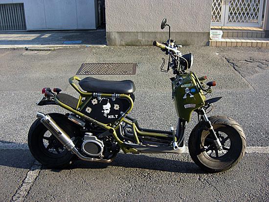 通勤、通学にももってこい!維持費も安いぞ!50CCバイク!!のサムネイル画像