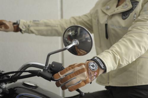 機能性と美しさ!豊富なラインナップのレディース用バイクグローブ!のサムネイル画像