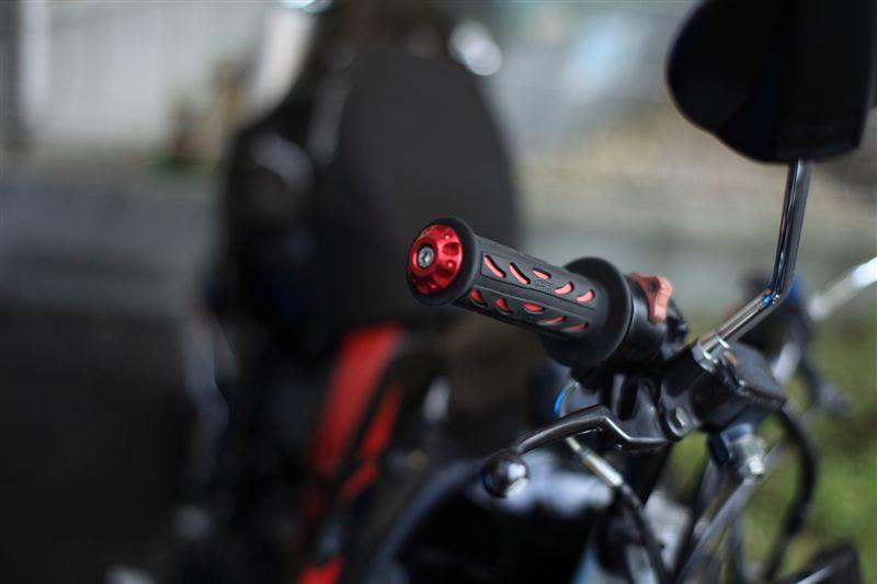 色々な種類のあるバイクのハンドルグリップ!おすすめをご紹介! のサムネイル画像