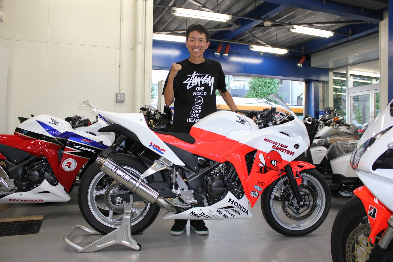 芸能界きってのバイク好き!チュートリアル福田さんの愛車をご紹介のサムネイル画像