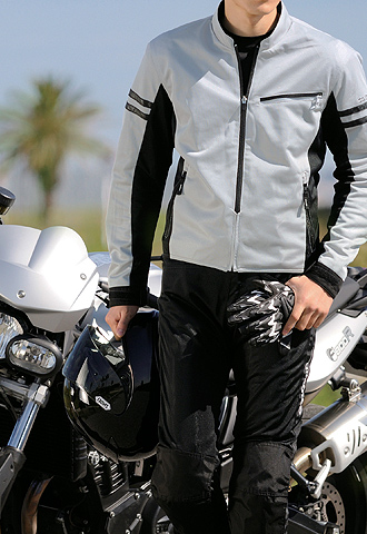 バイクウェアを選ぶならどのブランド?おすすめブランドをご紹介 のサムネイル画像