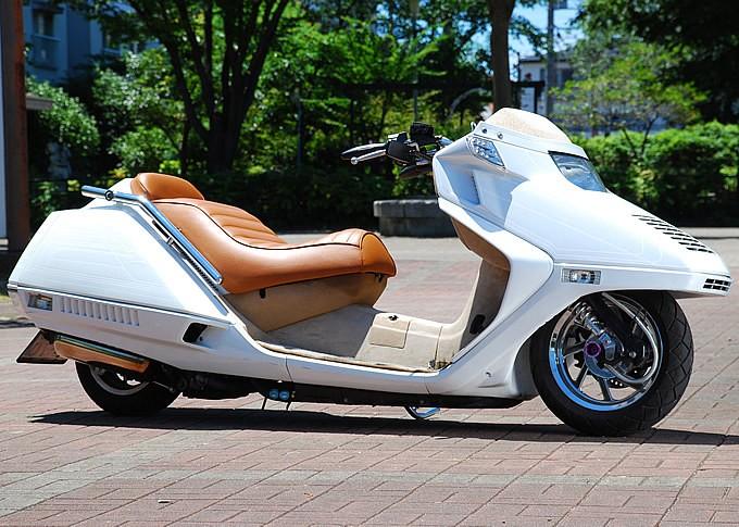 元祖ロースタイルバイク、フュージョンの社外マフラーのオススメ。のサムネイル画像