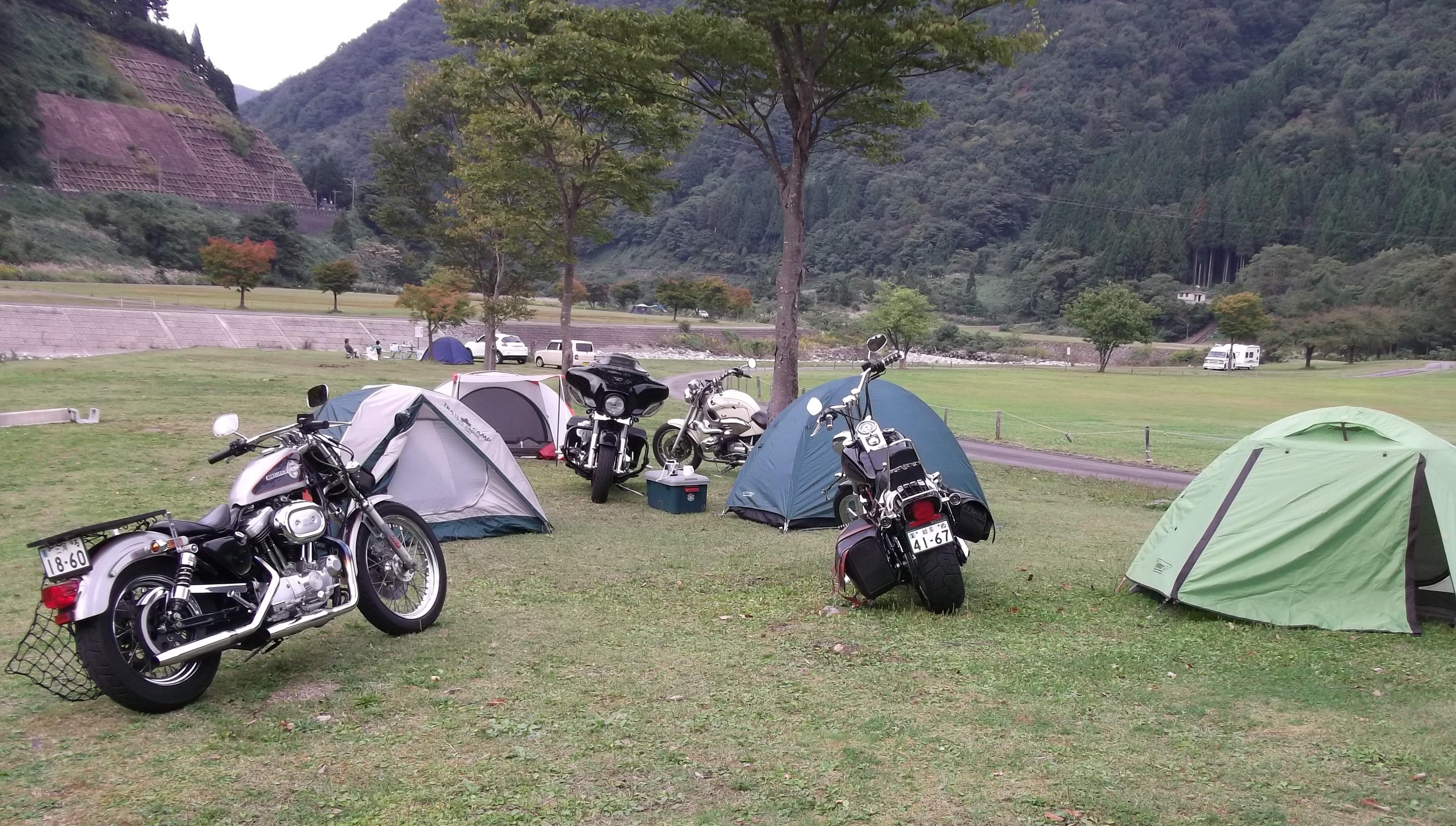 バイクで遠くへ行こう!キャンプツーリングに必要な道具をご紹介!のサムネイル画像