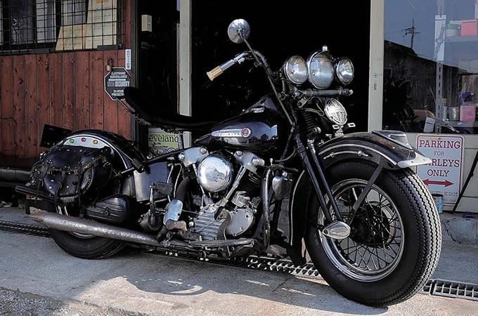 ハーレーの歴代ビッグツインエンジンの変遷について調べてみたのサムネイル画像