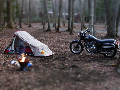 ツーリングの本格シーズン突入!今年の夏はバイクキャンプに挑戦!のサムネイル画像