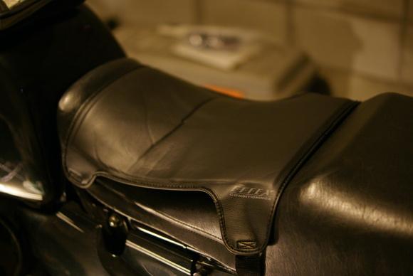 長時間のバイクツーリングに!おすすめのシートクッションをご紹介!のサムネイル画像