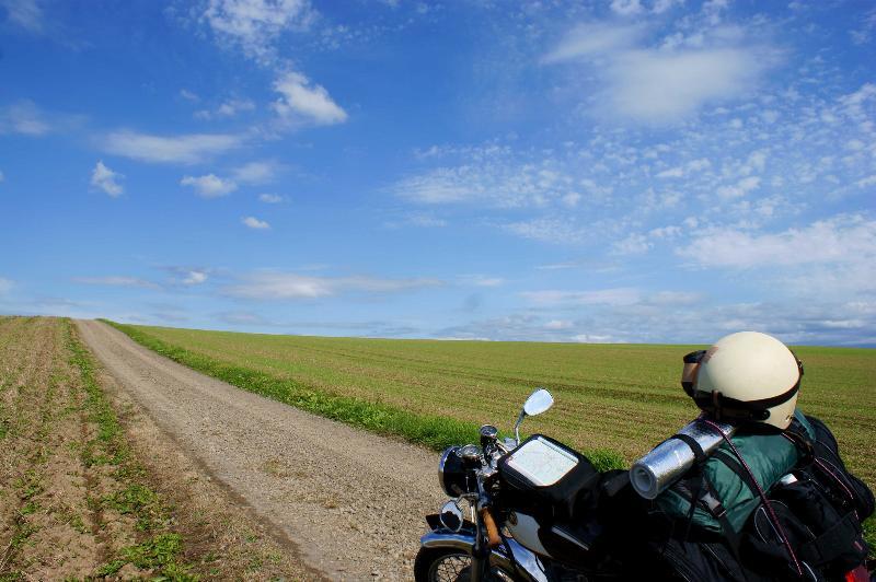 バイクツーリングに出かけよう!おすすめの装備を紹介します!のサムネイル画像