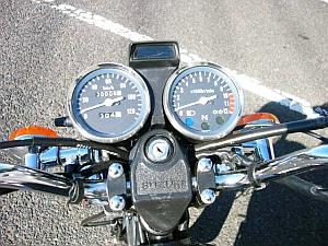 今、逆輸入125ccバイクが熱い!スズキGN125をおすすめします!のサムネイル画像