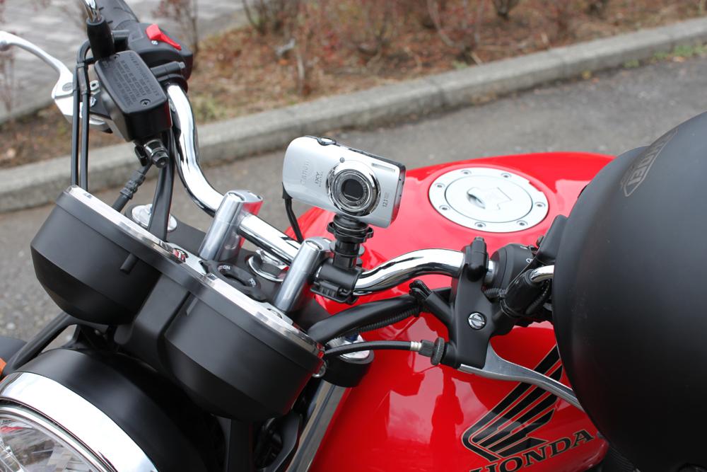 車載動画の必須アイテム!バイク専用・カメラマウントガイドのサムネイル画像