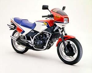 日本のバイク史上にその名を刻んでいるホンダMVX250Fの中古車情報のサムネイル画像