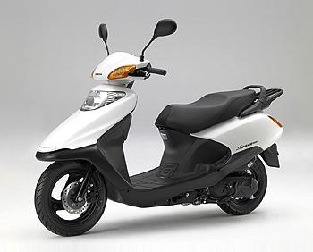 実用性があると人気のバイク!ホンダのスペイシー100をCHECK!のサムネイル画像