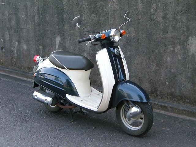 レトロ系スタイルのスクーター!スズキ ヴェルデの全てを徹底調査!のサムネイル画像