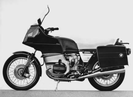 高級車でカッコイイ大人に人気のバイク!BMWのR100RTをCHECK!のサムネイル画像