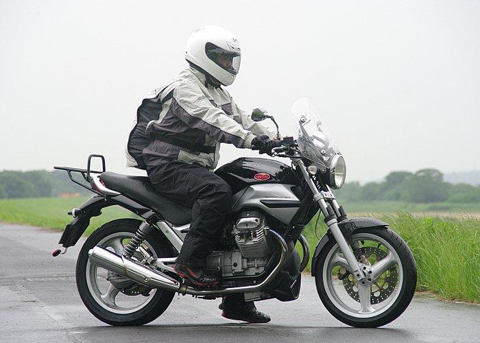 バイクにカッパを常備してますか?カッパが無いと大変なことに!!のサムネイル画像