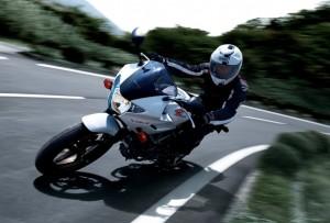 250ccが尚もバイクを楽しめる!250ccバイクの機動性と扱いやすさ!!のサムネイル画像