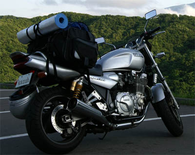 バイクツーリングなどにピッタリ!人気のシートバッグをご紹介!のサムネイル画像