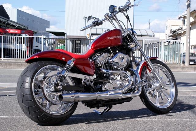 往年の高級バイクメーカー!ハーレー883をカスタムしてみよう!のサムネイル画像