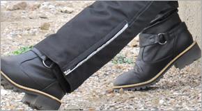 普通のブーツじゃダメなの?レディース用バイクブーツの賢い選び方。のサムネイル画像
