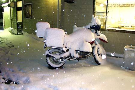 バイクの防寒対策どうしてる?冬を乗り切る為のマニュアルをご紹介!のサムネイル画像