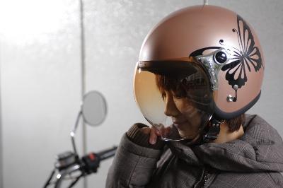 女性ライダー必見!オシャレなレディース用ジェットヘルメット特集!のサムネイル画像