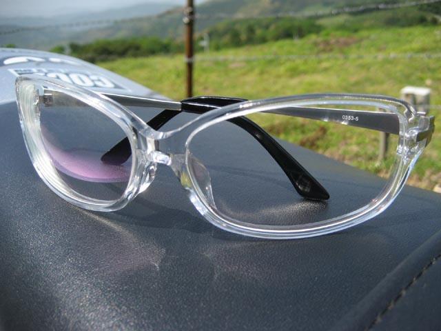 バイク用メガネやゴーグルで風雨、ゴミから目を守ろう!お勧めメガネのサムネイル画像