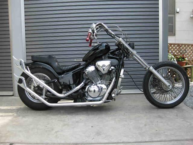 国産のアメリカンバイクの王道!ホンダ・スティード400をカスタム!のサムネイル画像
