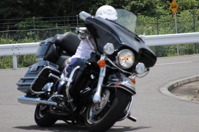 これさえ読めばマスターできる バイクのギアチェンジ操作方法!のサムネイル画像