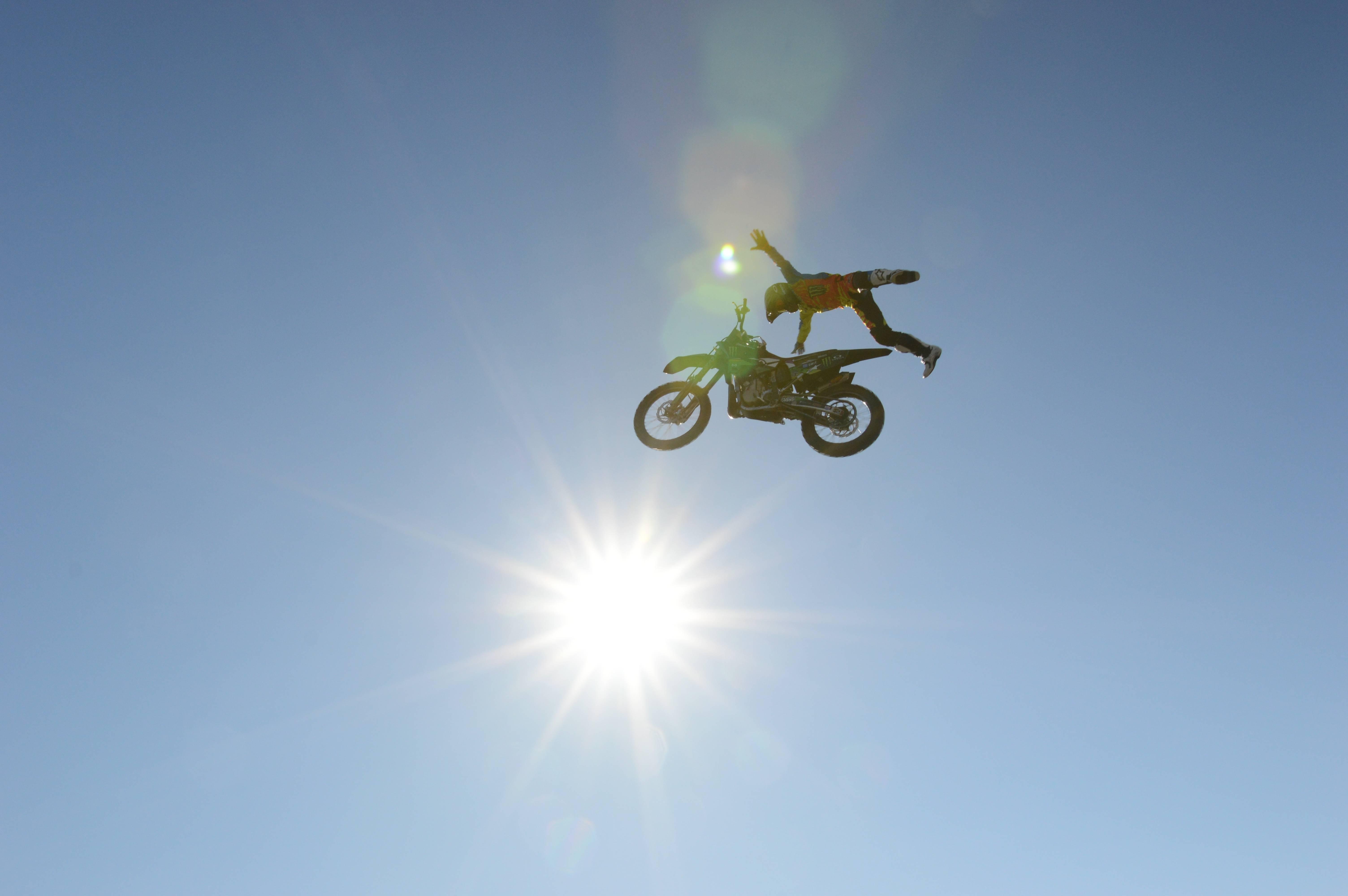 オフロードじゃなくても被りたい!かっこいいオフロードヘルメットのサムネイル画像