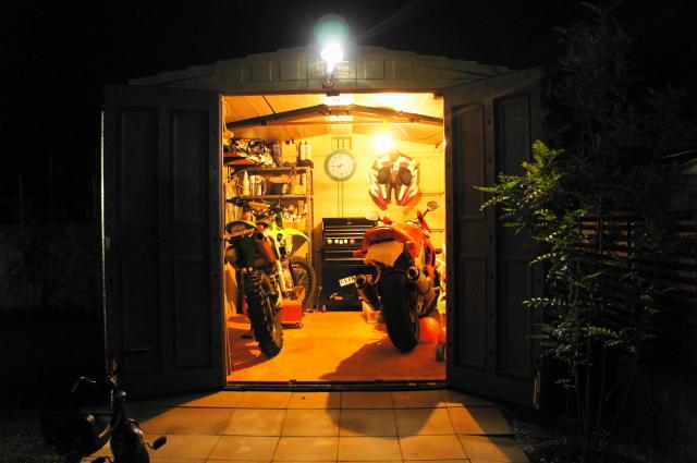 大切なバイクだからこそ守りたい、自作のガレージの魅力とは!のサムネイル画像