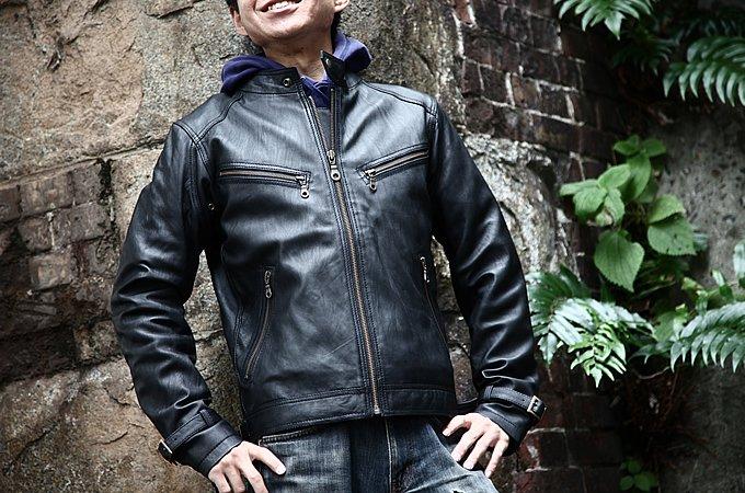 クールに着こなす!バイクのレザージャケット厳選8着まとめのサムネイル画像