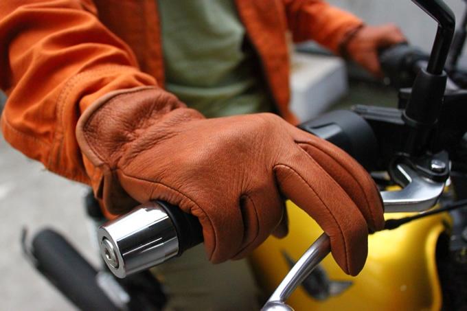 ツーリング!冬のバイクライフにもありがたい!革製バイクグローブのサムネイル画像