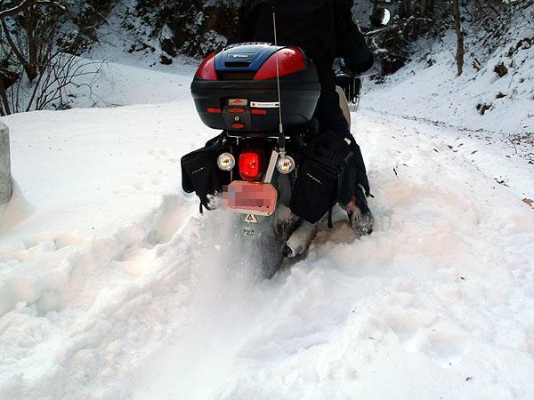 冬のバイクライフの必需品!暖かい、冬用バイクグローブまとめのサムネイル画像