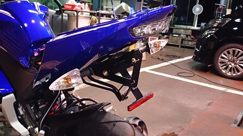 あまり気づかれないが、重要なパーツ!バイク用リフテクター!のサムネイル画像