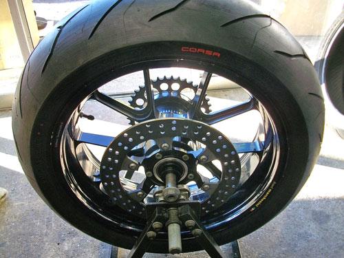 覚えよう!簡単に出来る、バイクのタイヤをセルフチェック!!のサムネイル画像
