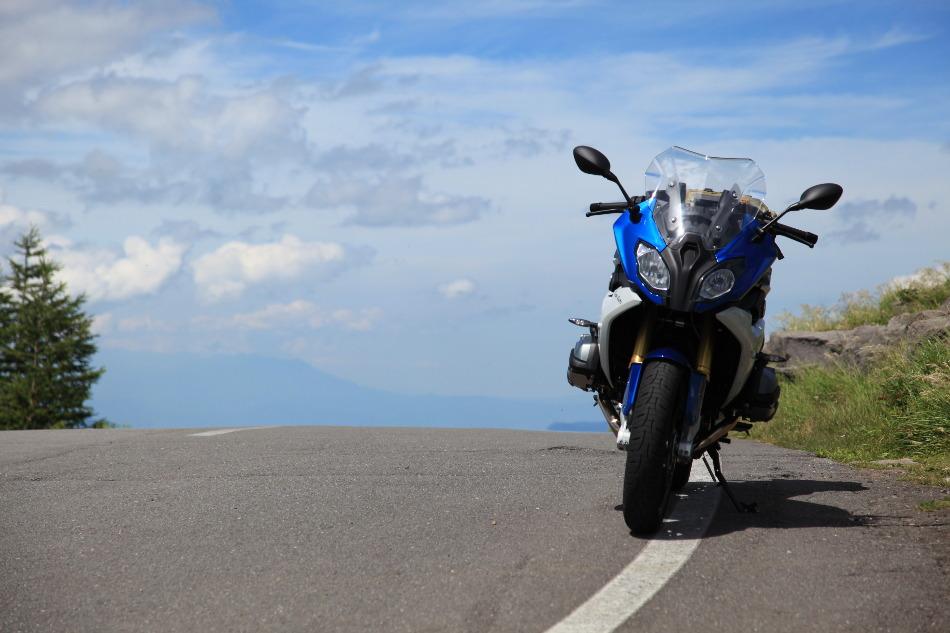 バイクでツーリング、気ままに行きたいところへ全国を走り抜けるのサムネイル画像