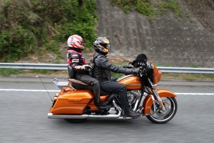 バイクでのツーリングを二倍楽しくするタンデムツーリングのススメのサムネイル画像