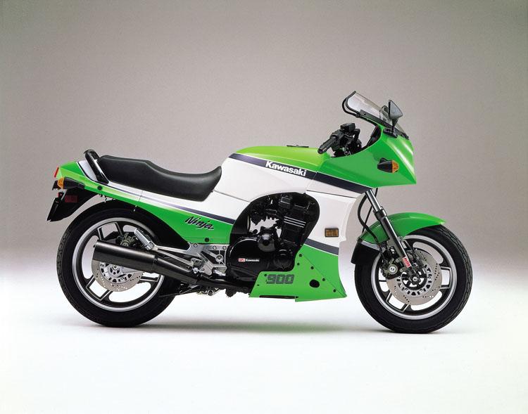 男なら選んで欲しい!男カワサキのニンジャというバイクを。のサムネイル画像