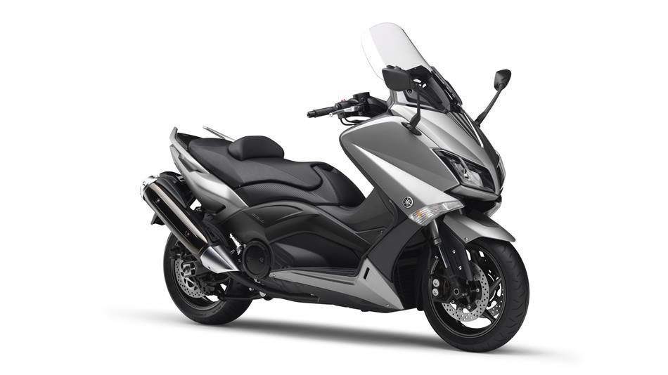 人気のバイクスクーター!!ヤマハTMAXを中古で購入する為の基礎知識!のサムネイル画像