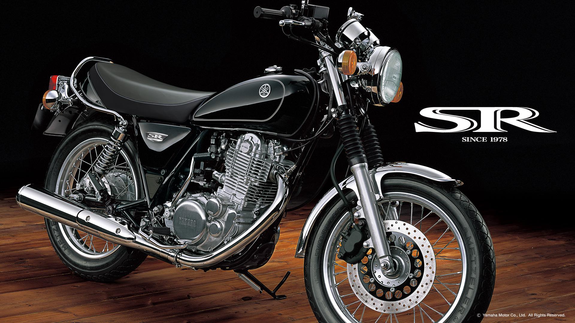 ヤマハらしいスタイルの良いバイクSR400!SR400の情報まとめ!のサムネイル画像