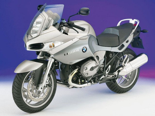使い勝手の良さは抜群との評価!BMW R1200STについて徹底調査のサムネイル画像