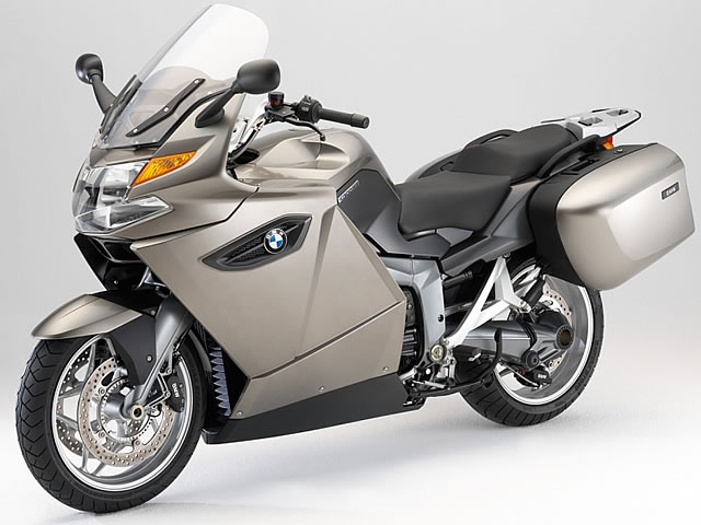 スポーツ・ツアラーの最上級モデル!!BMW K1300GTをチェックのサムネイル画像