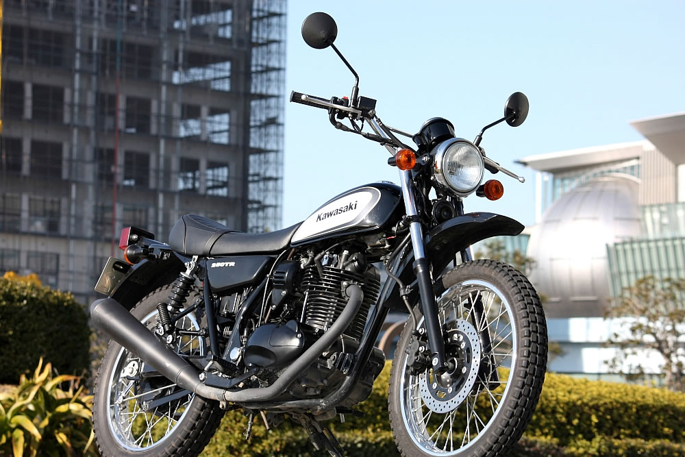 「自由」なスタイルで!カワサキ・250TRのパーツについて調べてみた!のサムネイル画像