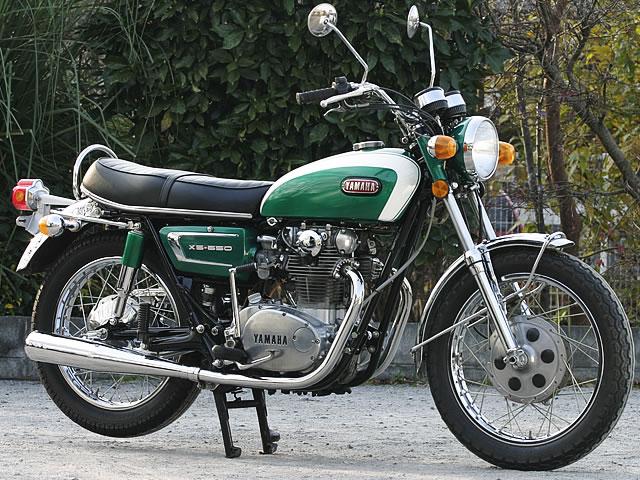 オシャレでアメリカンな感じの人気のバイク!ヤマハのXS650をCHECKのサムネイル画像