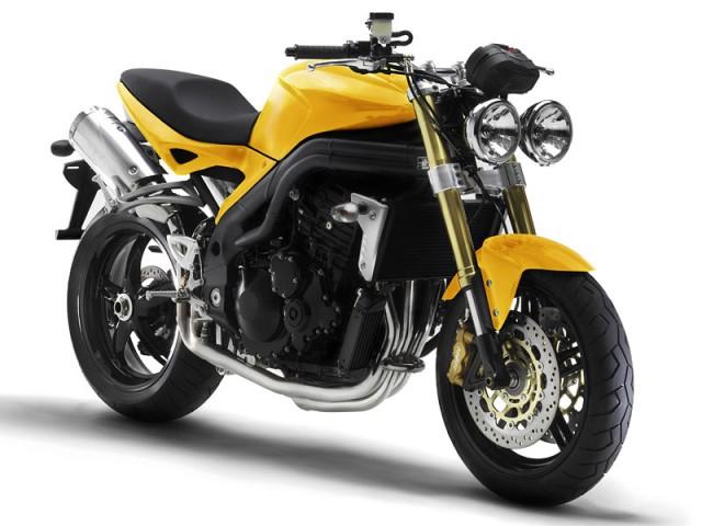 トライアンフのスピードトリプル!カッコよく人気のバイクをCHECK!のサムネイル画像
