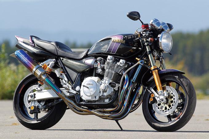 人気のネイキッドバイク!ヤマハXJR1300をカスタムしてみよう!のサムネイル画像