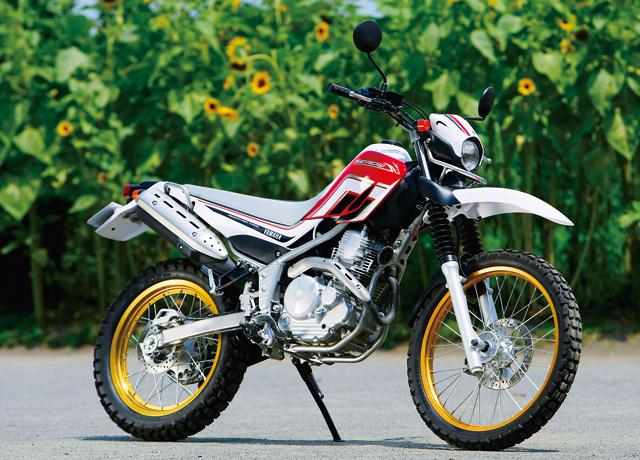 ヤマハの人気ロングセラーバイク、セロー250のマフラーってどう?のサムネイル画像