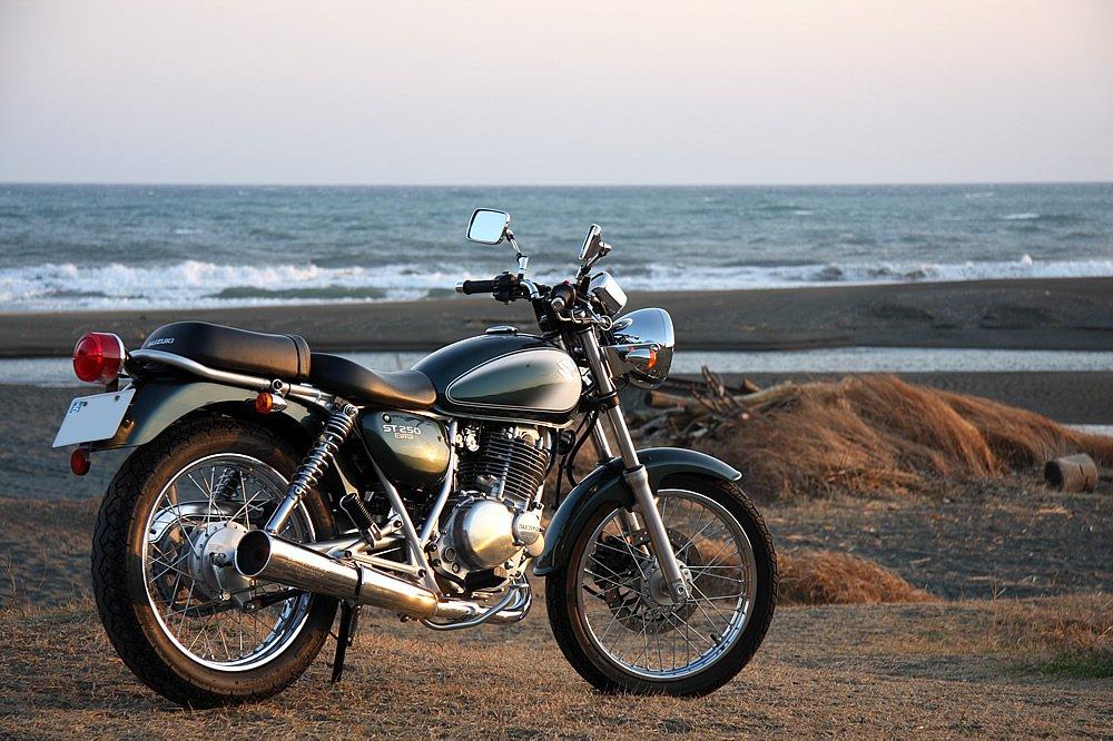インプレから見る、クラシカルなバイク SUZUKI ST250のまとめのサムネイル画像
